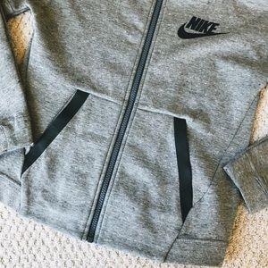 Nike Jackets & Coats - Nike Girls Tech Fleece Jacket